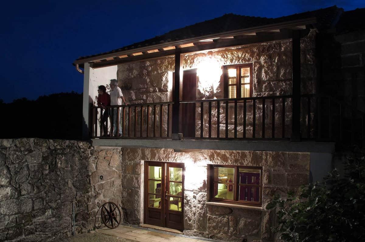 NEU! Tradtionelles Gästehaus inmitten wildschöner Natur/Portugaltouren